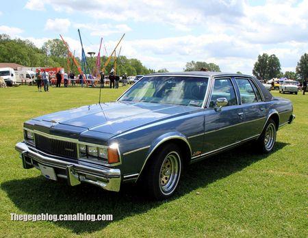 Chevrolet caprice classic 4door sedan de 1977 (Retro Meus Auto Madine 2012) 01