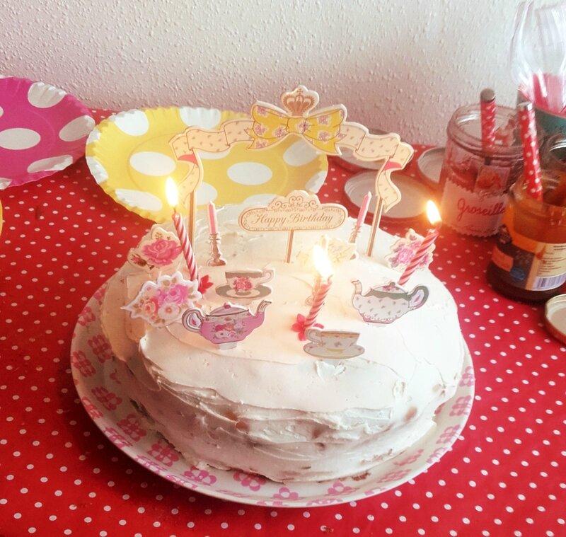 carottcake-tea-time-décoration-vintage
