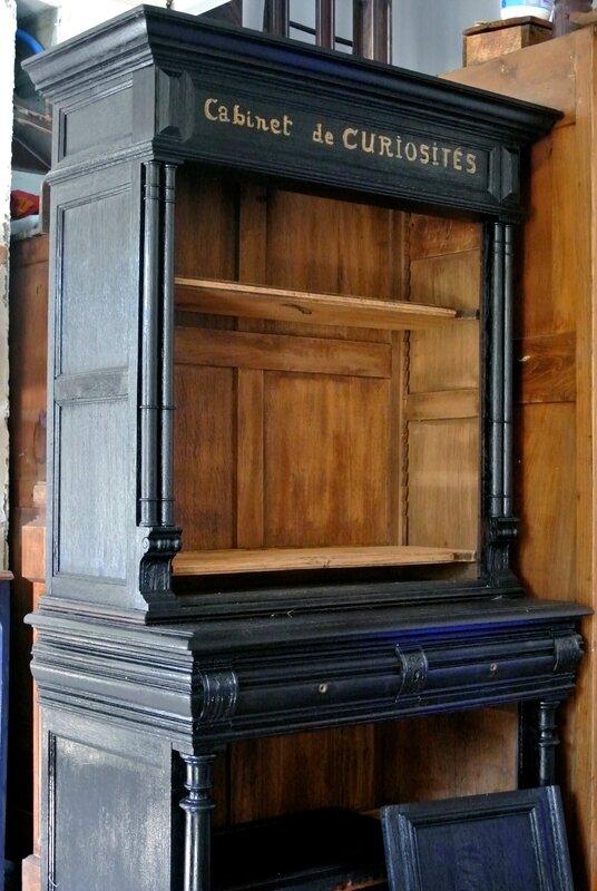 cabinet de curiosités barbatrucetrecup 950€
