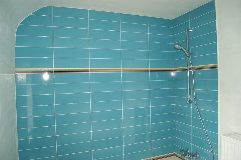 Carrelage salles de bain - La maison de Lilie et Greg