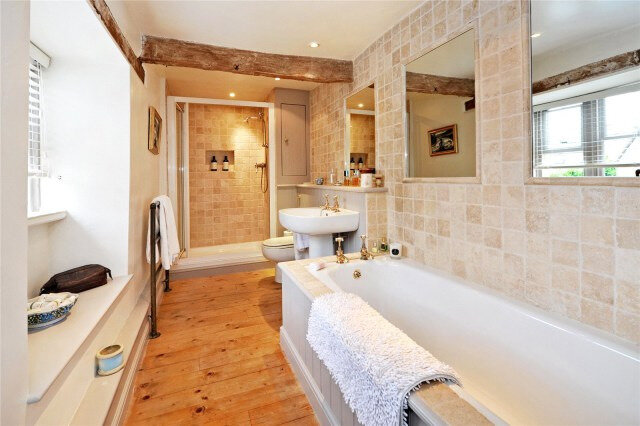 Chippenham-Wiltshire-House-Bathroom