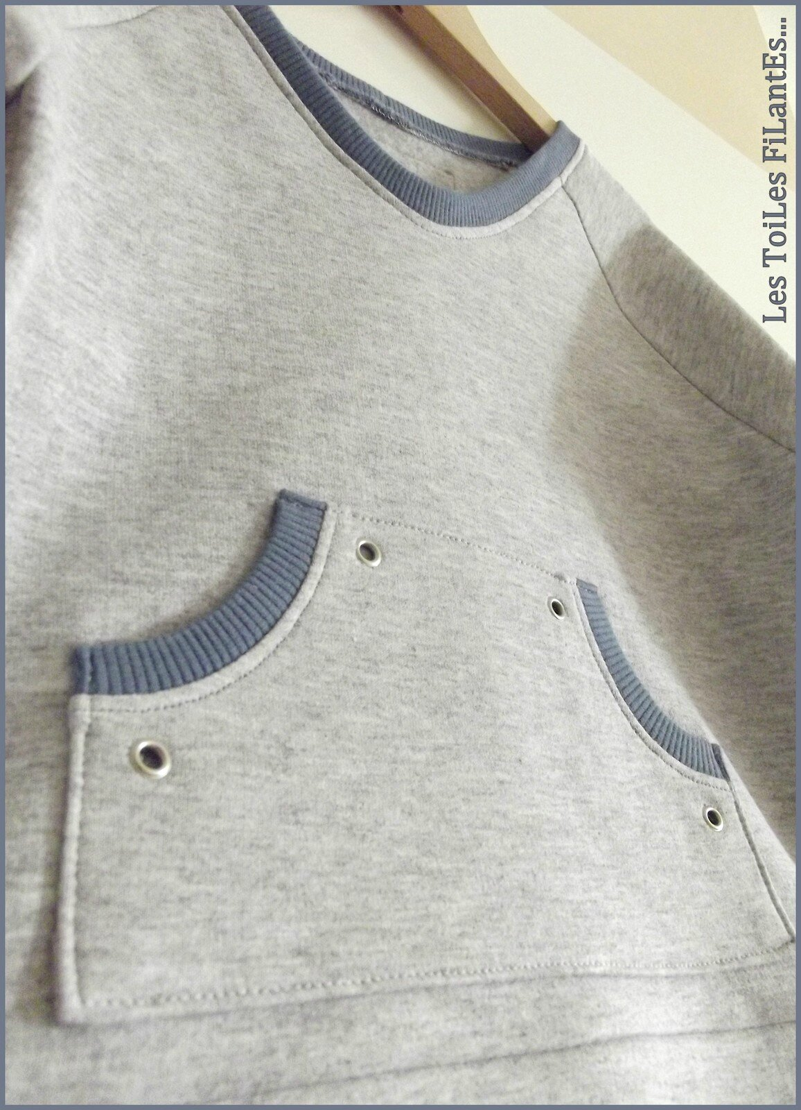 17-Ensemble jean sweat et tee-shirt bleu gris Aur�le15