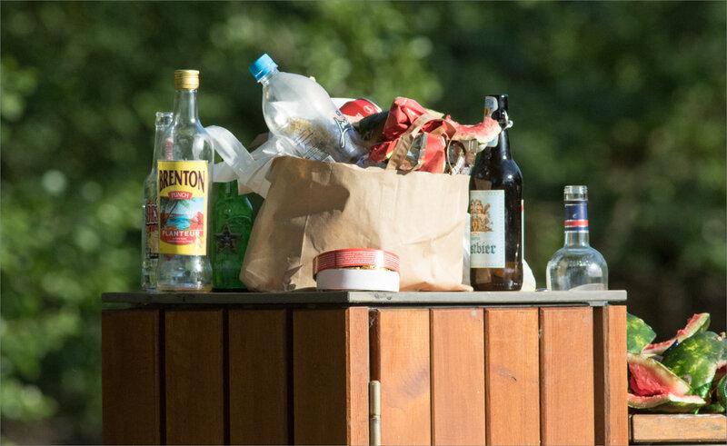 Déchets bouteilles Planteur 010620