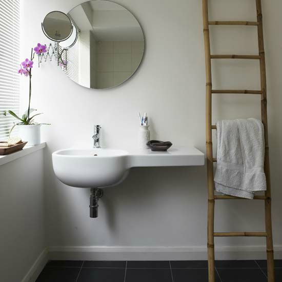 White-bathroom_003
