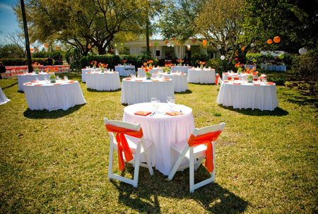 Lunch_on_the_Lawn_Orange__White__and_Green_Wedding___UNIQUE_Event_Design