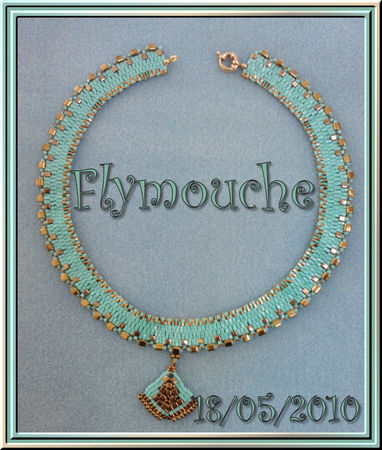 Checkered_collar_turquoise