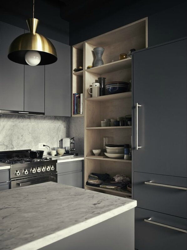 dark-grey-kitchen-brooklyn-loft-pia-ulin-