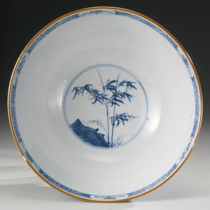 A large blue and white 'figural' bowl, Qing dynasty, Kangxi period (1662-1722)3