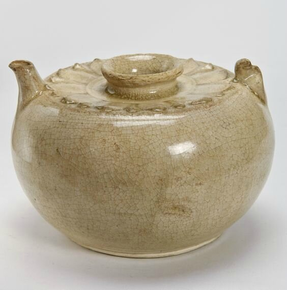 Ewer, Vietnam, Ly dynasty, 11th-early 13th century