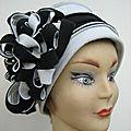 Chapeau polaire grand 8 noir et blanc