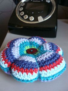 Pincushion telephone