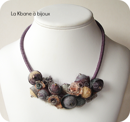 collier cocoon taupe