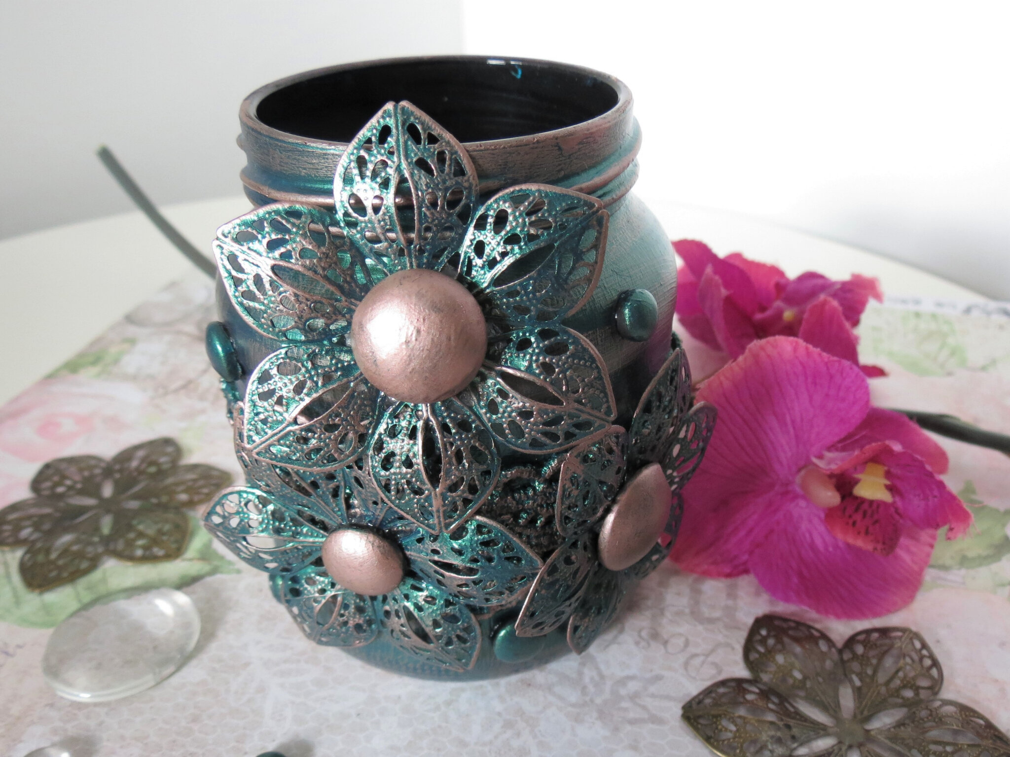 Altered brush jar - Creative Artiste and Art daily challenges