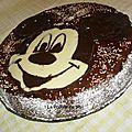 Gâteau mickey mousse - moelleux au chocolat (décoré avec la métode de chane)