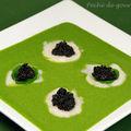 Noix de saint-jacques au caviar ( ou à l'avruga ou arënkha ) sur velouté de cresson d'après patrice caillault