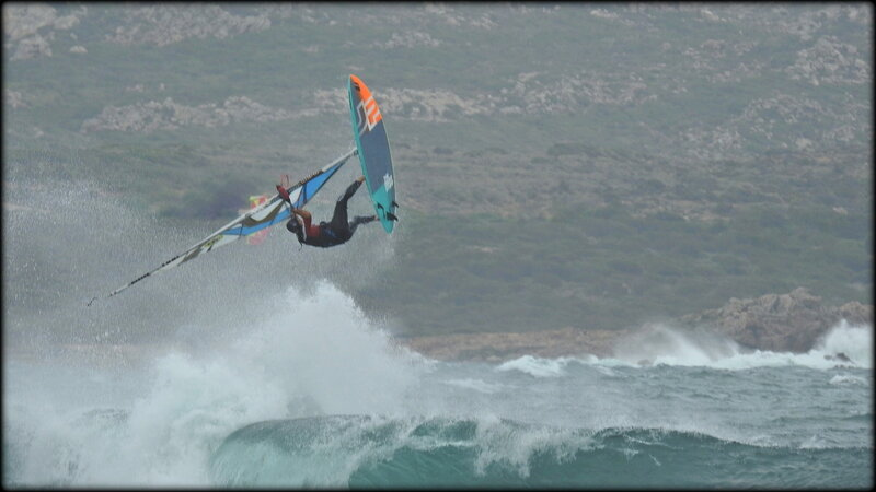 DEMONSTRATION__COMMENTEE_RETARD_AU_JUMP__WINDSURF_