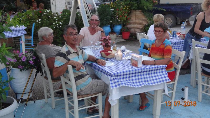 La table sur le Quai Sivota