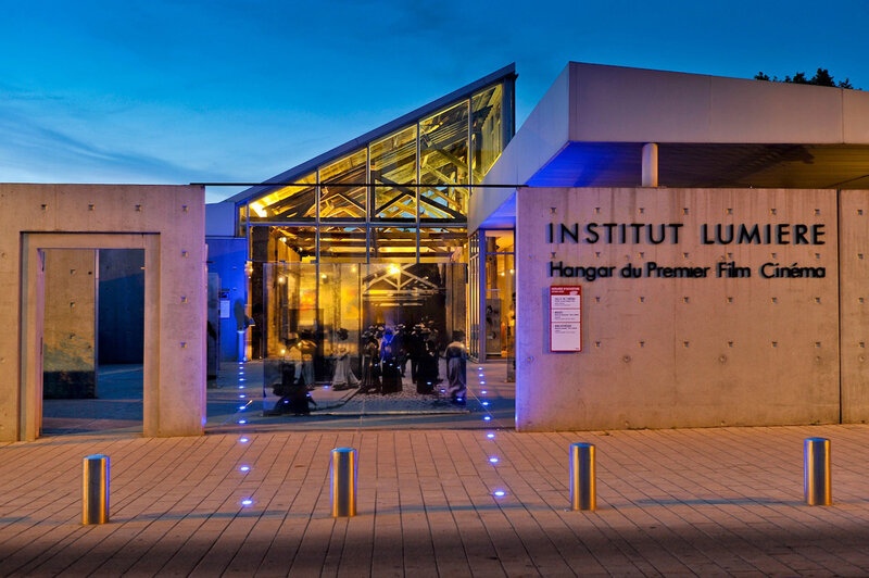 Institut-lumiere-Hangar-du-Premier-Film-Lyon-France-Photo-JL-Mege