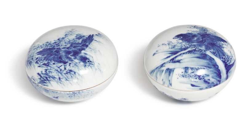 Two blue and white 'Bird' seal paste boxes and covers, Republic period, by Wang Bu