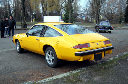 Chevrolet_monza_2_2_hatchback_3door_coupe_V8_02