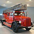Mercedes benz lf 3500 camion de pompiers avec échelle metz dl 22 1952