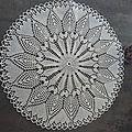 napperon à l'aiguille créé par ma maman