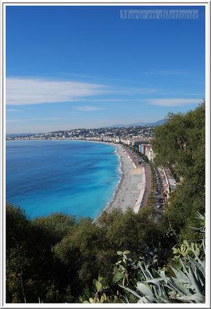 du_parc_de_la_colline_vue_sur_la_promenade