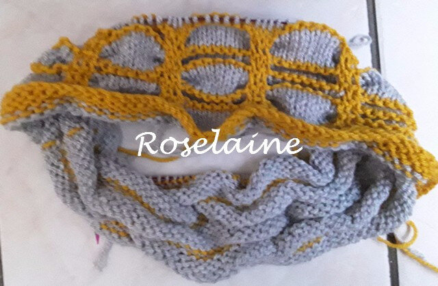 Roselaine Roulette Chic Cowl 4
