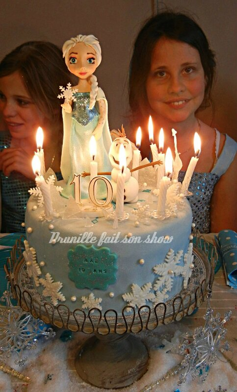 gateau la reine des neiges bougies 10 ans prunillefee
