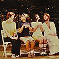 pantomime_les deux timides dérangés sur leur banc