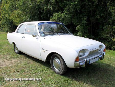 Ford taunus 17M super berline 2 portes de 1961 (31ème Bourse d'échanges de Lipsheim) 01