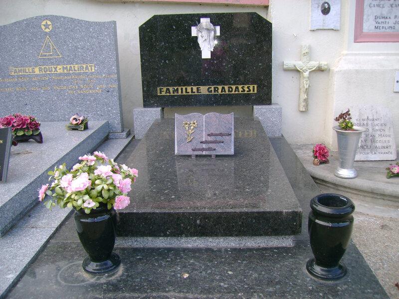 3 - Tombe de la famille Gradassi