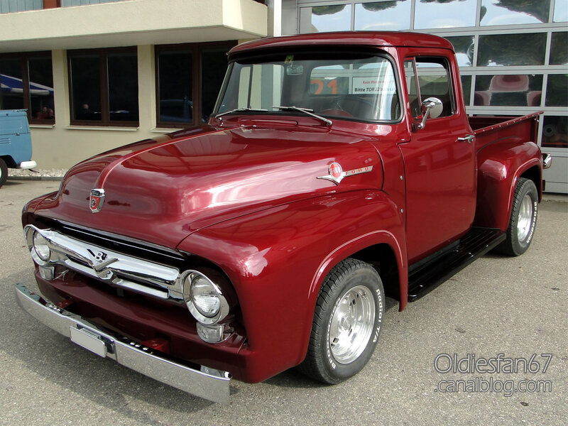 Ford F-100 1956-01