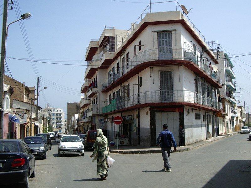 Hussein dey-angle rue vecingetorix