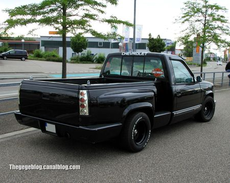 Chevrolet silverado pick-up custom de 1989 (Rencard Burger King juin 2012) 02