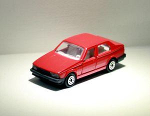 Alfa romeo 75 01