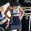 La robe dentelle à l'allure élégante et chic comme robe de cocktail pour mariage ... un classique de la mode tout en fantaisie !