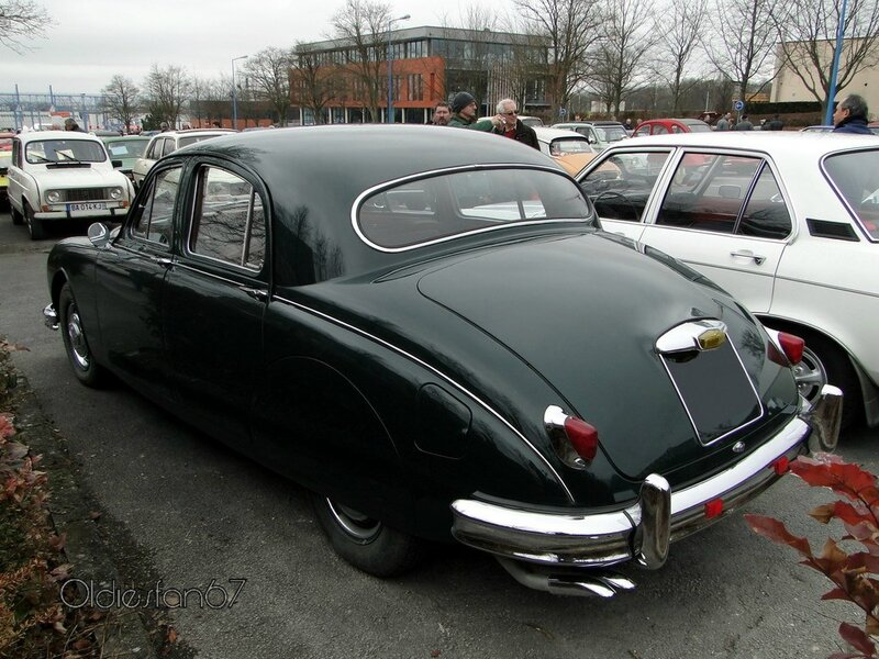 jaguar 2,4 litre mark 1 saloon 1955 1959 b