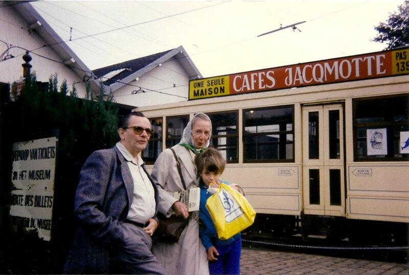 mon fils et mes parents au musée du tram
