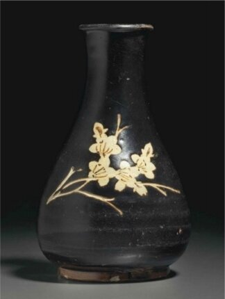 A Jizhou cut-glaze and resist-decorated paper-cut pear-shaped vase, Southern Song Dynasty (1127-1279)