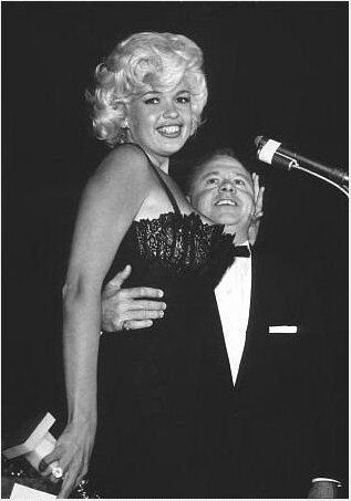 jayne-1958-02-22-golden_globes-with_rooney-1