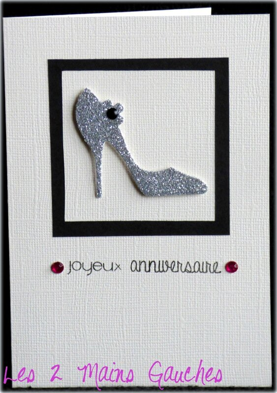 carte d'anniversaire féminine avec escarpin argenté pailleté
