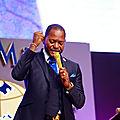 Pouvoir pasteur apôtre diacre évangélique révérend etc