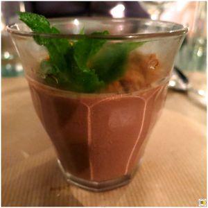 Crème moelleuse au chocolat noir d'Equateur, confit d'orange, streussel aux noisettes (1)