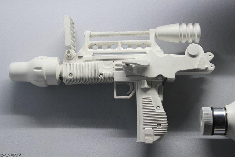Prototype of laser rifle for space troopers. «Moonraker» 1979. Photo: Olivier Daaram Jollant © 2016