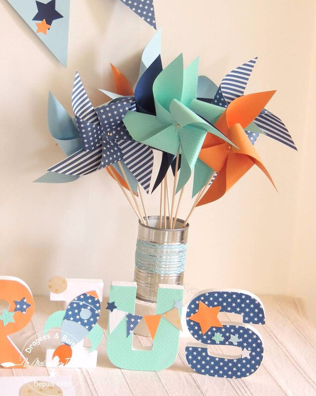moulin fanion lettre decorees decoration bapteme theme fusee etoiles bleu mint corail