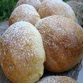 Petites brioches fourrées à la crème de patates douces