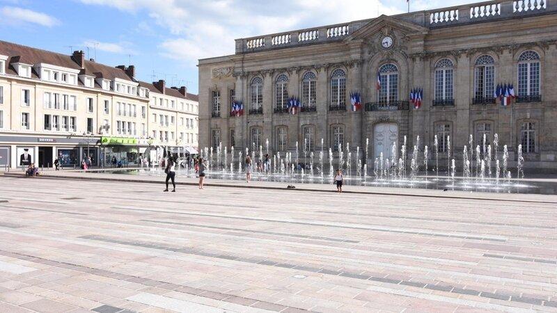 Beauvais B9712520918Z_1_20170705101925_000+GIS9COFDS_1-0