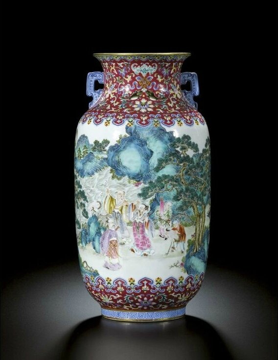 A fine and rare two-handled ruby-ground 'famille-rose' vase, Seal mark and period of Jiaqing (1796-1820)