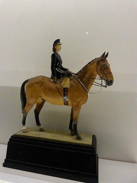 princess elisabeth à cheval